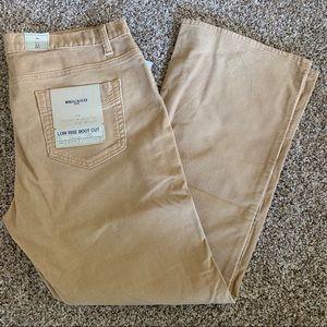Gap low rise boot cut stretch corduroy pants tan